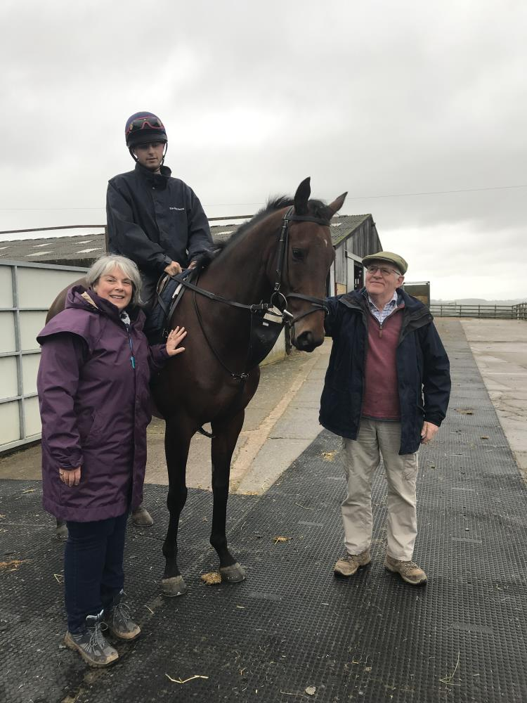 Fiona & Peter Woodhall with their horse KBRP horse Does He Know